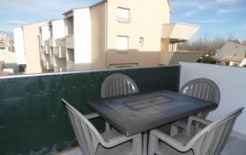 Location vacances : 2 pièces 4 couchages, au deuxième étage dans résidence en accès direct plage ...