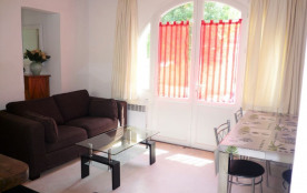 Maison en centre ville avec cour privative pour 6 personnes, Sainte-Maxime