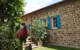 A proximité du Parc Régional du Pilat et du Parc des Monts d'Ardèche, nous vous accueillons aux g...