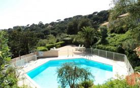 Les Coteaux de la Nartelle, 2 pièces de 30 m² environ pour 5 personnes, cet appartement de vacanc...