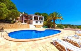 Belle villa à Benissa, Costa Blanca avec piscine privée, pour un maximum de 6 personnes.