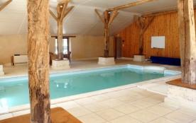 Domaine de busseroux, 19 places +2, sauna, hammam, piscine couverte chauffee...