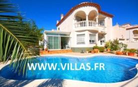 Villa DV Laci - Belle villa récente et confortable avec piscine privée profitant d'une situation ...