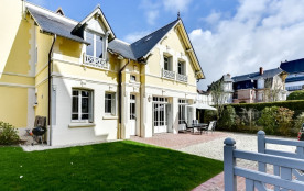 squarebreak, Charming cottage in the heart of Deauville