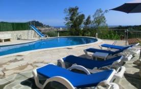 Villa 11-13 pers avec piscine privée