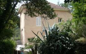 Villa à BAGNOLS EN FORET