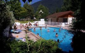 Mobil Home 4/6 places Différents modèles. A 35 km de Grenoble, Chambéry et Albertville, à 500 m d'altitude, au cœur d...