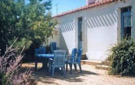Location maison de vacances 300m de la mer proche St Gilles Les Sables...