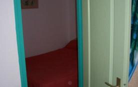 Chambre 1 avec lit en140