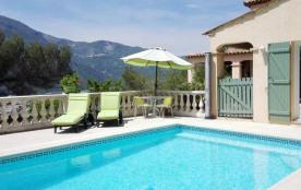 Villa à CASTAGNIERS