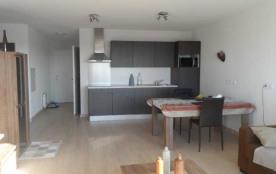 Superbe appartement T3 dans immeuble neuf, spacieux et lumineux, aménagement moderne, très bien é...