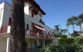 Grand studio + 3 cabines 78 m² situé au rez de chaussée de la résidence du lac, au centre d'Hosse...