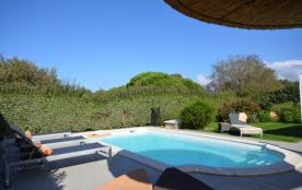Charmante villa avec jardin et piscine