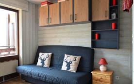 Studio de 21 m² environ pour 4 personnes, la résidence Millepertuis B est située dans le haut de ...