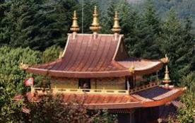 Le temple bouddhiste de Lerab-Ling