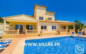 Villa AB Cari - Superbe villa, profitant d'une très belle vue dégagée sur le paysage de Calpe et ...