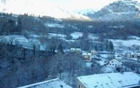Bel appartement avec vue sur la montagne
