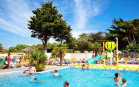 Camping Les Peupliers - Mh IBIZA 2Ch 5/7pers + Terrasse bois Semi-couverte