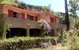 Location vacances:maison familiale en plein  Parc naturel du VERDON à Bauduen