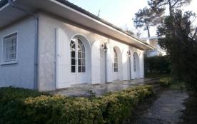 FR-1-374-47 - VILLA DE 110 m² SITUEE AUX ABATILLES