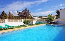 Villa OL CALA - Agréable villa d'été avec piscine privée située à quelques centaines de mètres de la plage pour un to...
