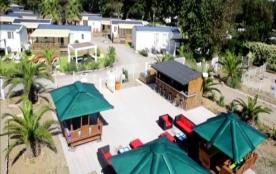Camping Le Clos de la Grangette - Cottage Premium VIP Front de mer