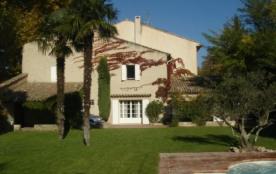 Ravissante maison de village provençal à louer