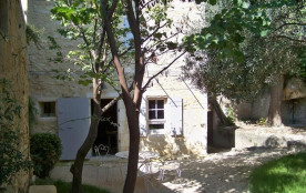Detached House à FONTVIEILLE