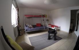 2    appartements  de 50m2    dans villa