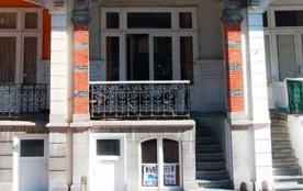 Spacieux appartement triplex dans villa Belle-Epoque