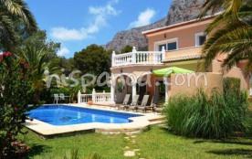 Villa de vacances avec piscine en Espagne sur la