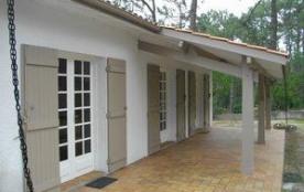 Maison en partie rénovée au Canon dans secteur calme.