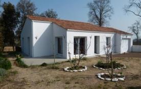 FR-1-336-3 - Maison avec jardin clos avec 3 chambres à 1,8 km de la plage de sables fins