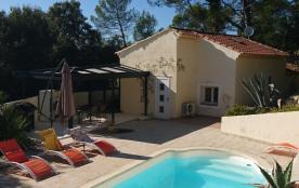 Maison au calme pour 6 personnes avec piscine privée, proche toutes commodités