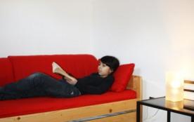 Chambre avec les 2 lits simples et le lit d'appoint