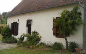 Gîtes de France La roche Dampierre. Maison indépendante restaurée à l'ancienne, de caractère et a...