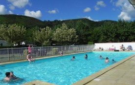 Camping d'Ibarron, 119 emplacements, 23 locatifs