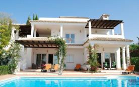 Las Mimosas est une luxueuse villa de vacances spacieuse, à Benalup (Costa de la Luz - Cadiz - An...