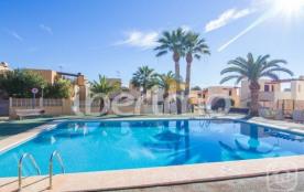 IB-739 - Maison mitoyenne pour 5 personnes située dans l'urbanisation tranquille La Vallesa à Cal...