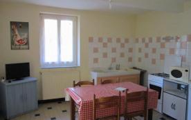 Apartment à SAVIGNAC LES ORMEAUX
