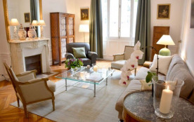 Classic 2BR French apartment at the Eiffel Tower