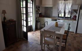 Grand Mas divisé en 2 habitations La Rabasse  3ch Toupin 2ch