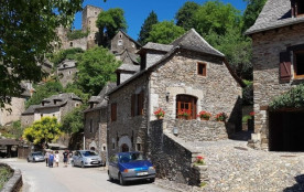 Village médiéval classé plus beau village de france - Belcastel