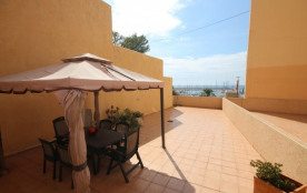 4**** 3 bedroom appartement in luxury residence, 100m2 terrace, seaviews, pool