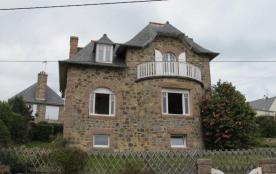 N°929 - Jolie maison VUE MER, en granit rose, dan