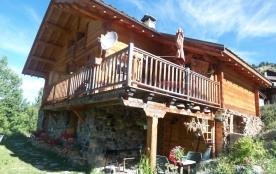 terrasse couverte du chalet en été