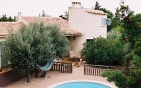 Superbe maison provencale près de Remoulins - Ledenon