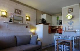 Appartement studio de 24 m² environ pour 4 personnes, cette résidence totalement indépendante est...