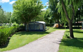 Camping les PEUPLIERS - Bungalow Toilé