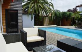Anglet(64) - Proche de Biarritz - 10 mn des plages. Villa 4 pièces avec piscine - 110 m² environ ...